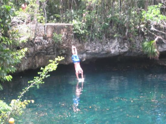 Edventure Tours: Cliff diving at 1st Cenote jungle oasis