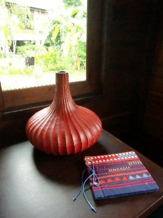 Baan Chai Thung: Liebevolle Dekoration im Bungalow