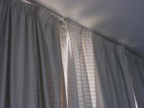 Detalle de las cortinas de la habitacion fotograf a de - Cortinas para la habitacion ...