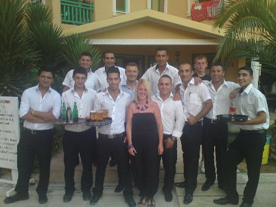 Hotel Esra and Family Suites: Waiters at Esra