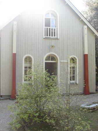 Chateau Richeux: the cottage