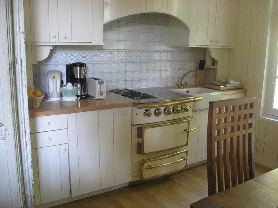 Chateau Richeux: the kitchen