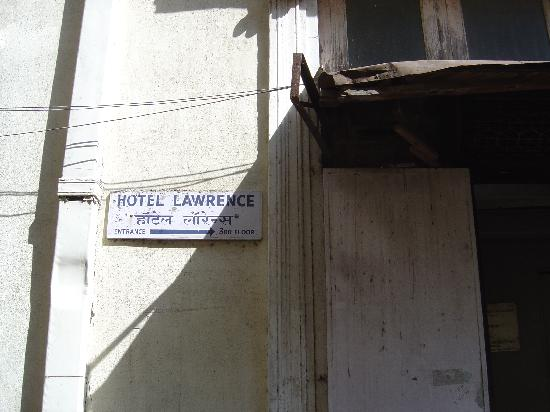 Hotel Lawrence : Hotel Name