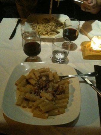 Sale e Pepe: pasta and wine