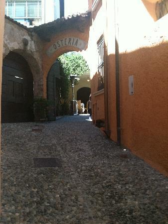 Osteria Antico Brolo: Ingresso_Antico_Brolo_Gardone Riviera