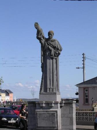 Burke statue