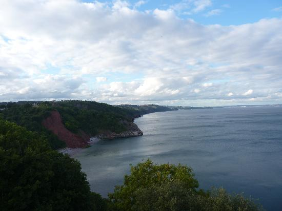 Aveland House: Looking east from Babbacombe
