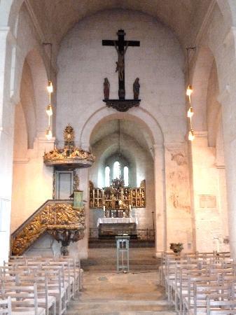 Ringsaker Kirke: Das Innere der Kirche
