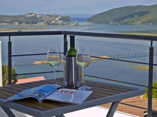 فيلا أفريكانا جيست سويتس: Spitskop Suite Balcony