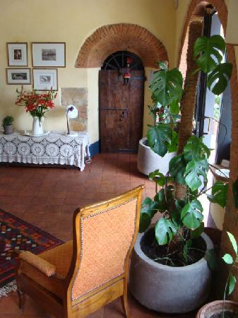 Torre di Ponzano - Chianti area - Tuscany -: Entranc lounge