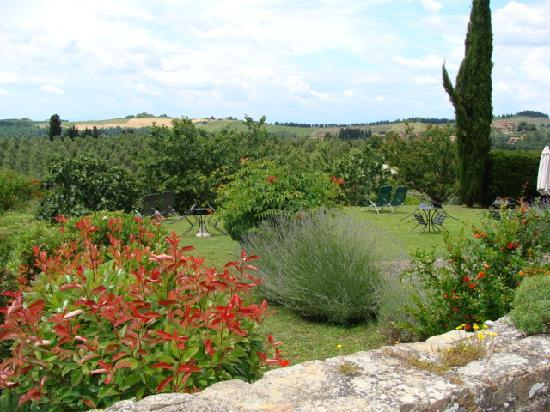 Torre di Ponzano - Chianti area - Tuscany -: The garden in May