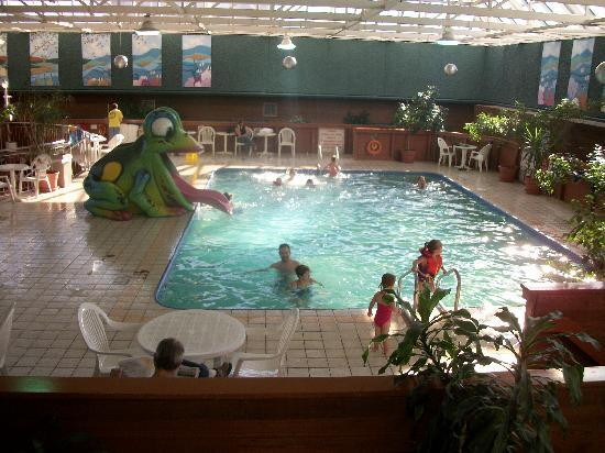 Holiday Inn Winnipeg - Airport West: The pool was a lot of fun!