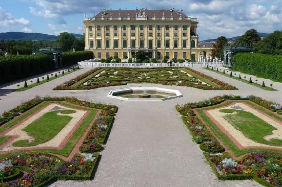 Hotel Erzherzog Rainer: Kronprinzengarten Schloss Schönnbrunn