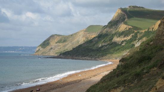 Eype House Caravan & Camping Park: view of beach looking towards lyme regis
