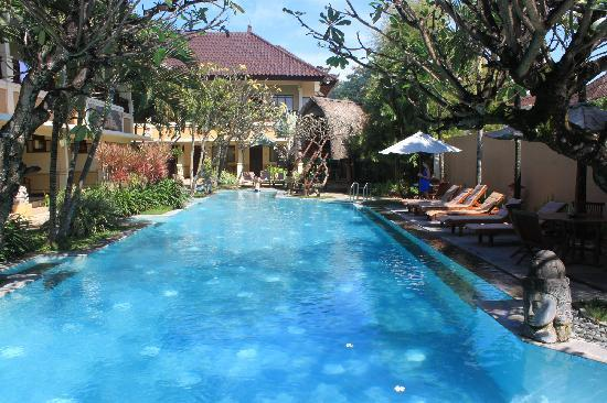 ‪‪Mutiara Bali Boutique Resort & Villas‬: Swimming pool is great‬
