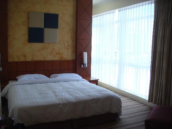 Ariva Gateway Kuching: Master Room 1