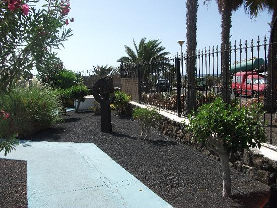 Nautilus Lanzarote: the grounds at nautilus
