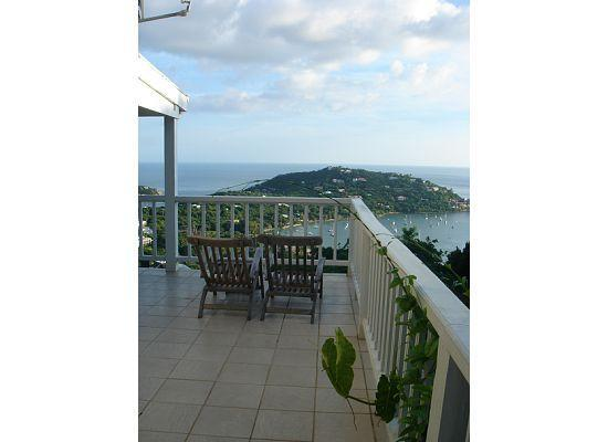 Windcrest Villa: Deck View