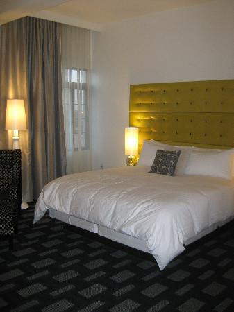 "Padre Hotel: A ""Maverick"" room"