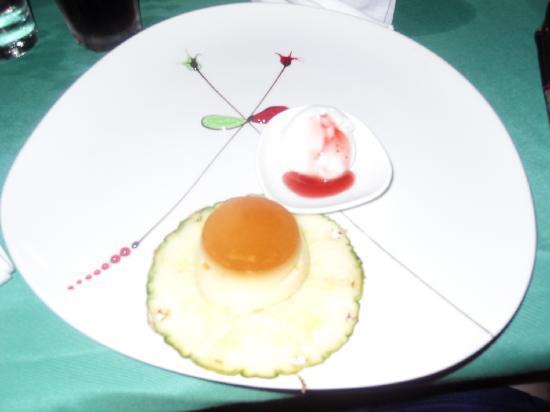 Susesi Luxury Resort: Puddings made while you wait - yum