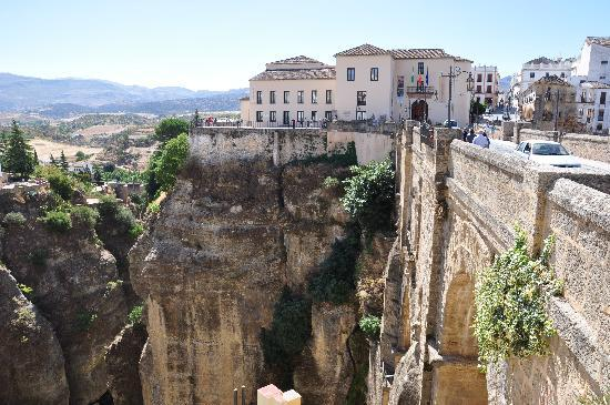 Ronda, Espagne : Bridge from old and new town