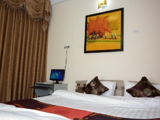 Hanoi Diamond Hotel: room