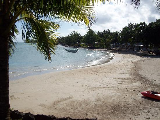 Sinalei Reef Resort & Spa: You almost have the beach to yourself...heavenly!