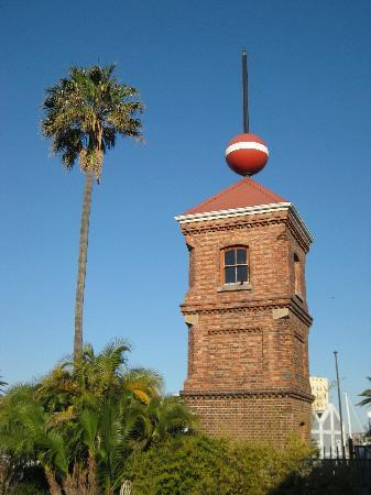 Dock House Boutique Hotel: View of the tower