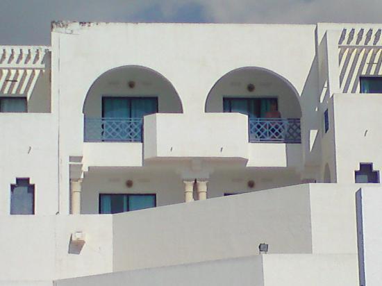 Hotel Albatros : Un coup de peinture ne serait pas du luxe
