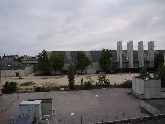 Ibis Dijon Centre Clemenceau: view from room at backside