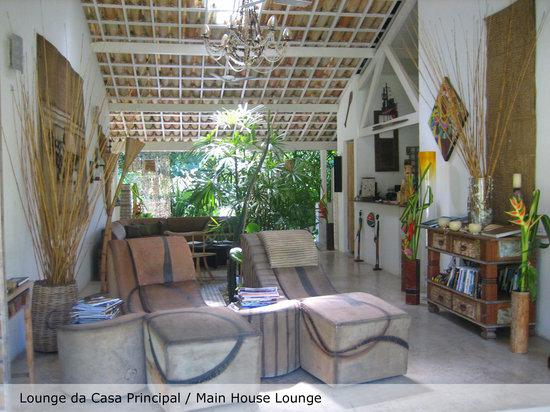 Casa Acayu Pousada & Bungalows: Lounge da casa principal