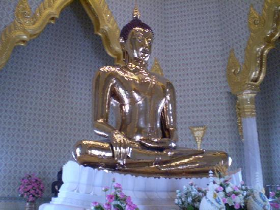 PJ Watergate Hotel: Golden Buddha