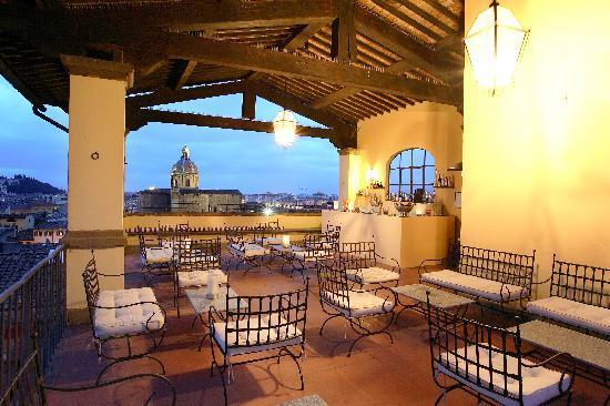 Palazzo Magnani Feroni: Roof-Top-Terrace