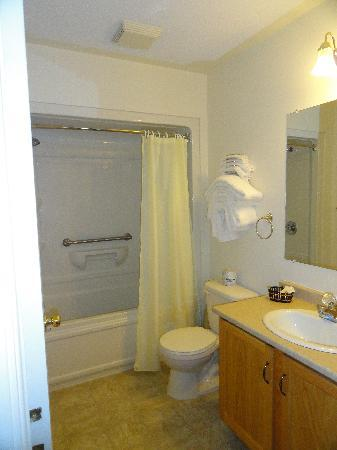 Airport Inn: salle de bain