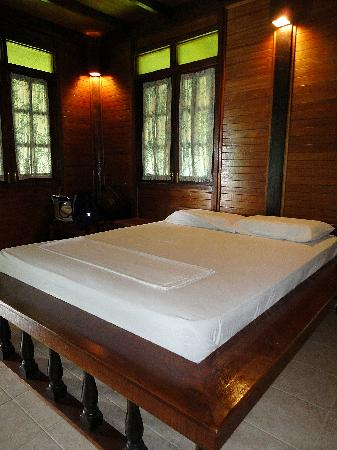 Pulau Besar, Malasia: what the bed looks like. yes, soft and bouncy.
