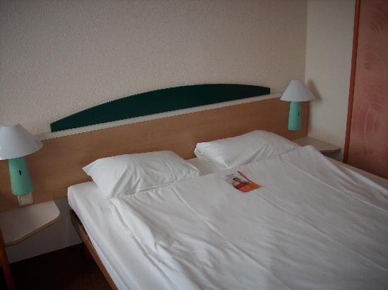 Ibis Styles Osnabrueck: Bed, comfy and clean