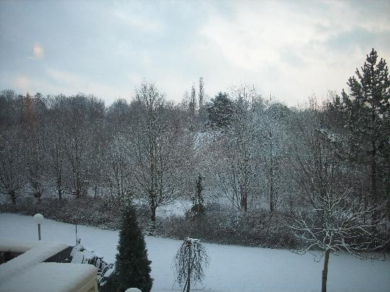 Ibis Styles Osnabrueck: Wintry view from my Hotel Room