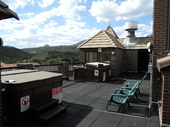 Wyndham Durango: Hot tubs on the roof (4th floor)