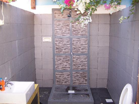Secret Garden: doccia esterna
