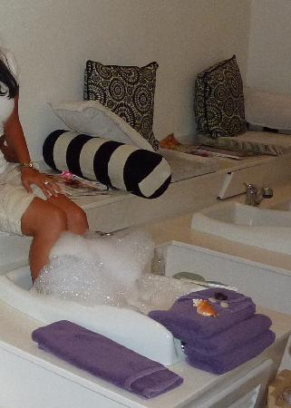 Beloved Playa Mujeres : Pedicure at the spa