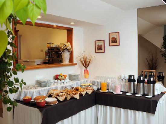 Resultado de imagen de desayuno buffet