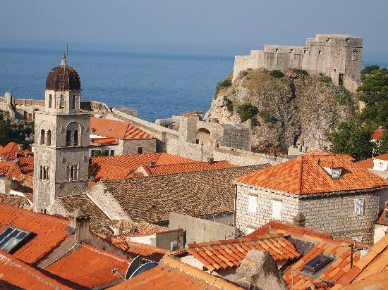Dubrovnik, Croacia: City rooftops