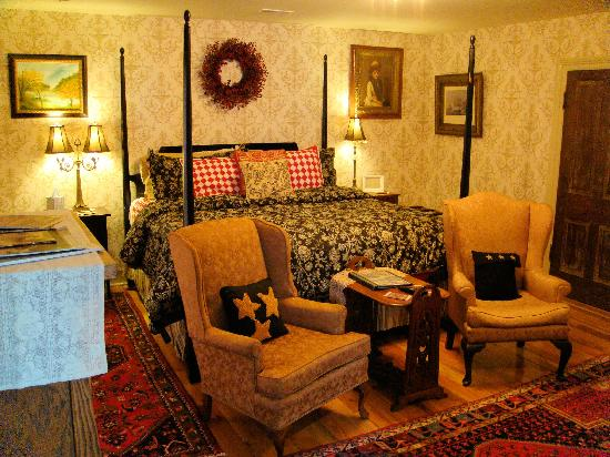 A. C. Stickley Bed and Breakfast: Hickerson Room