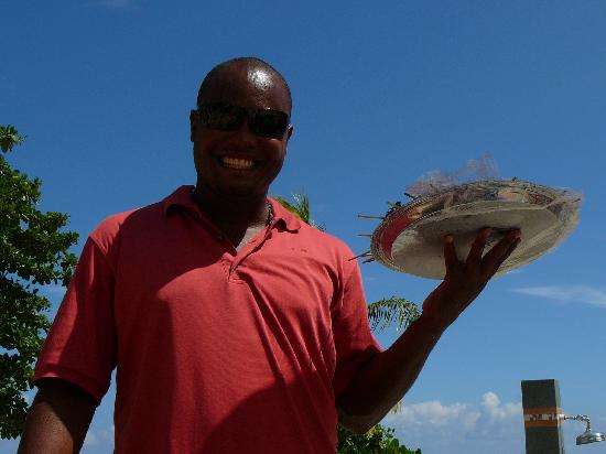 Jewel Dunn's River Beach Resort & Spa, Ocho Rios,Curio Collection by Hilton: Maurice serving fruit kabobs at the pool