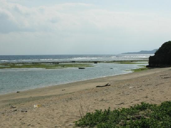 Uminoyado Urumanchu: 宿からは古宇里島が望めます。