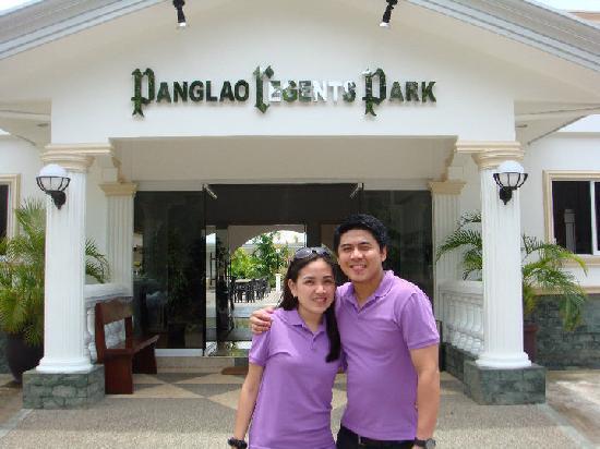 Panglao Regents Park Resort: entrance of the hotel