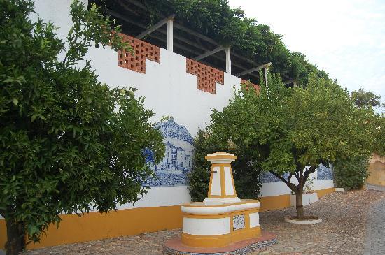 Constancia, Portugal: La fontaine restaurée
