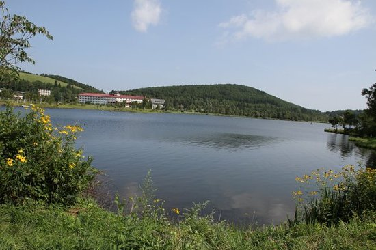 Lake Shirakaba-ko