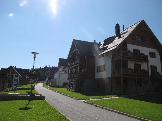 Hotel Bolfenk : Hotel on the right side.