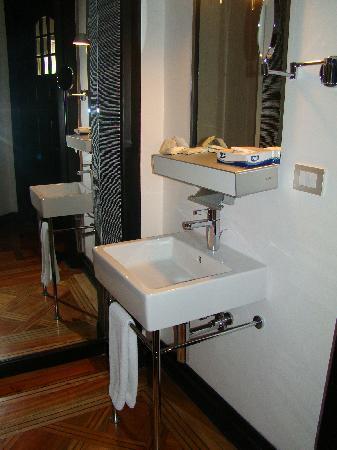 The Aubrey Boutique Hotel: baño